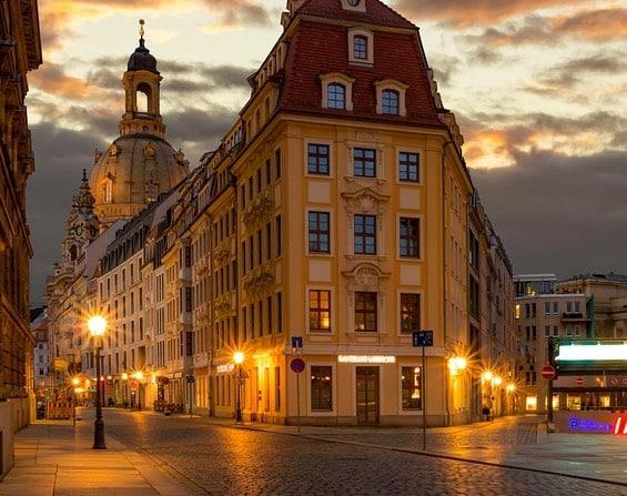 Bauschilder deutschlandweit Dresden